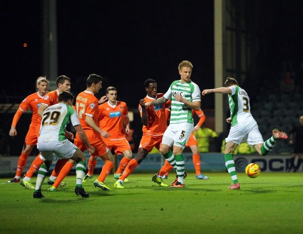 Yeovil Town's John Lundstram scores the opening goal - Photo mandatory by-line: Joe Meredith/JMP - Tel: Mobile: 03/12/2013 - SPORT - Football - Yeovil - Huish Park - Yeovil Town v Blackpool - Sky Bet Championship