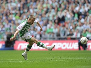 Paddy Madden scores at Wembley to help get promotion