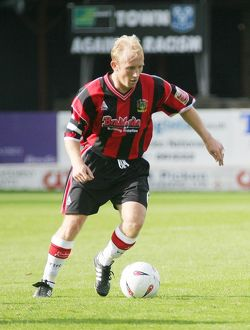 Darren Way v Shrewsbury Town 25/09/04